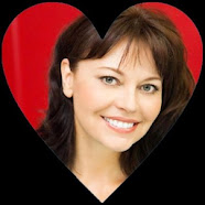 South Africa Actress Hollywood Musetta Vander HD Wallpapers