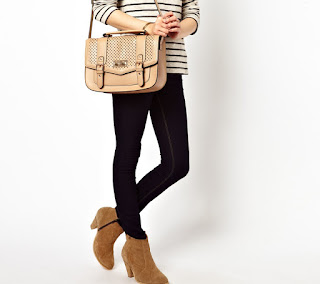 Harper Cut Out Bag by New Look (pre-order) SALE, Grab NOW!!!