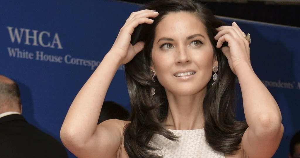 a story of the frustrations of olivia Olivia munn is opening up about ex aaron rodgers' complicated family situation while appearing on andy cohen's siriusxm radio show wednesday, andy cohen live, the actress spoke about the .