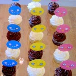 Easy party food: Uglydoll cupcake toppers