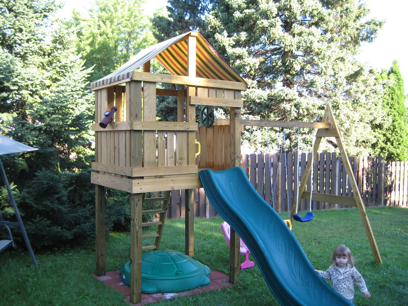 Woodwork diy wood swingset pdf plans - Backyard swing plans photos ...