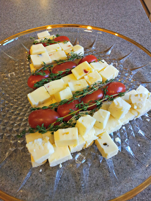 Festive cheese tray with Cabot Cheese, Holiday entertaining.