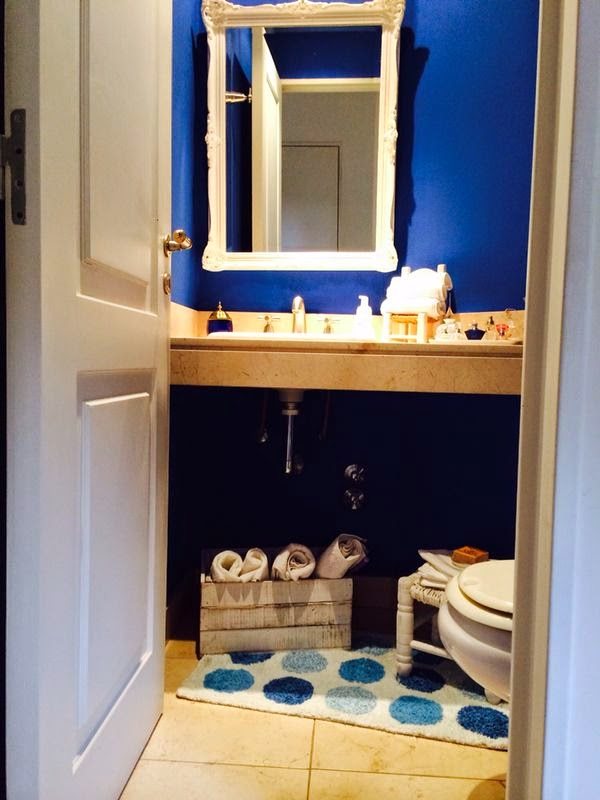 Vintouch muebles reciclados pintados a mano ba o en azul for Muebles de bano azul