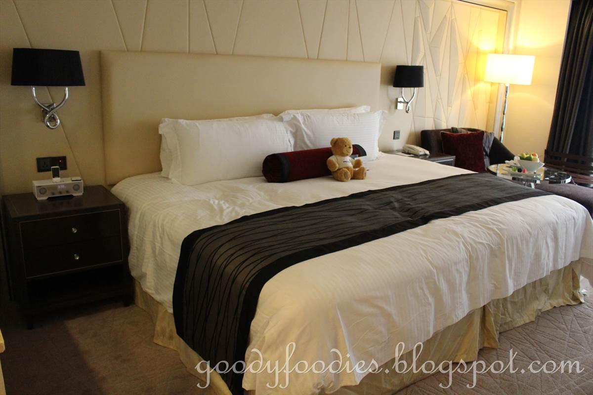 Single Plus Rooms Queens Brant House