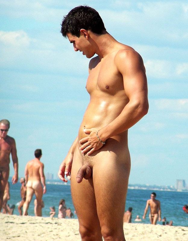 beach naked Nude men
