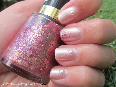 Gade 277 - Bright Champagne, Revlon 261 - Sparkling Pearls by Wow Cosmetics