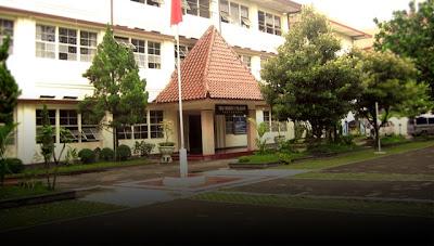 SMA Terbaik di Indonesia - SMAN 1 Teladan, Yogyakarta