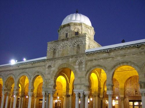 ���� ����������� mosque-zitouna.jpg