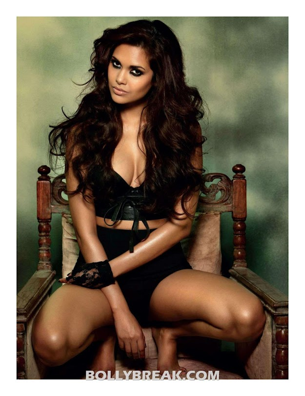 Esha Gupta Hot Maxim Scan in HD - Esha Gupta Maxim HD Scans - 2