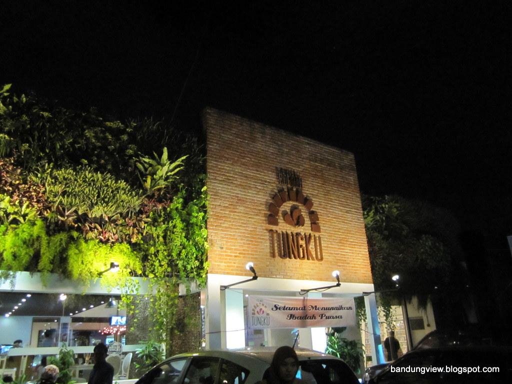 Ini 23 Lokasi Kuliner Enak Di Bandung Yang Jarang