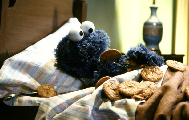 [Image: Cookie-monster-bedtime.jpg]