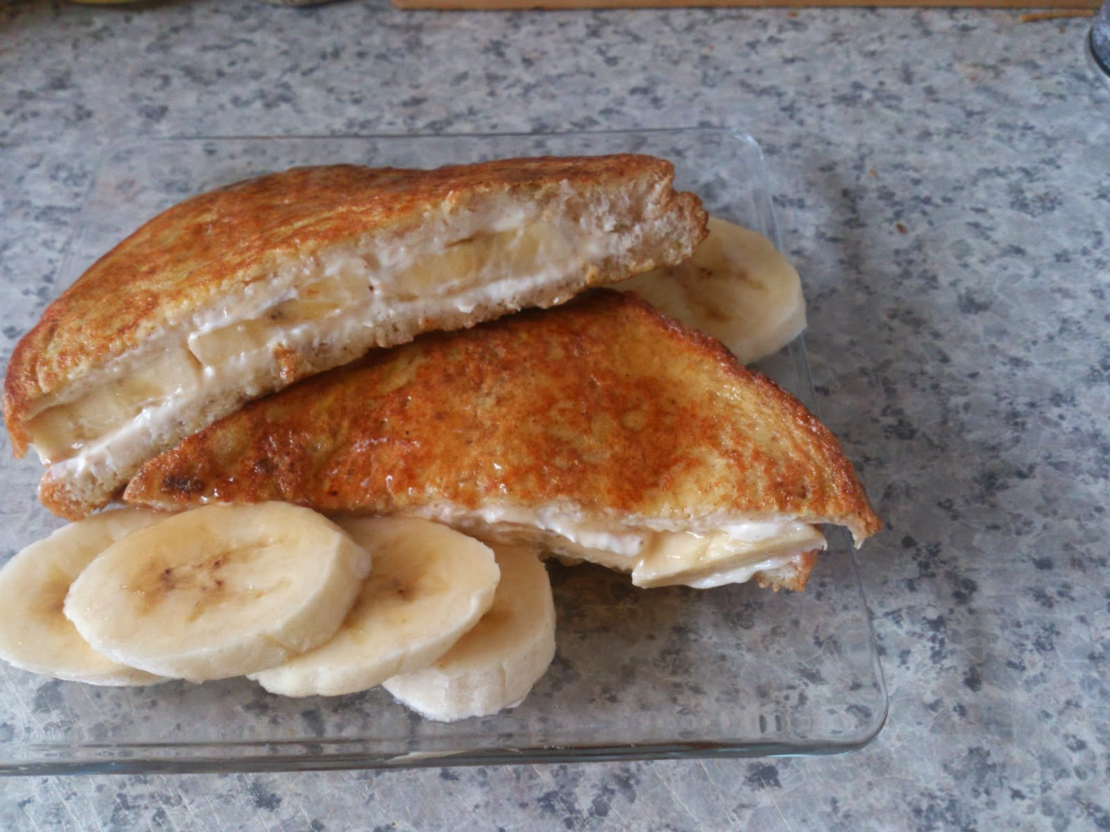 Banana stuffed French toast Simply filling plus 2pp for the cream ...