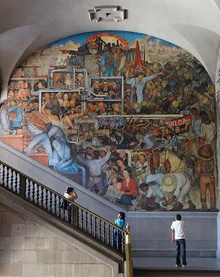 Visitare il Palacio Nacional di Città del Messico