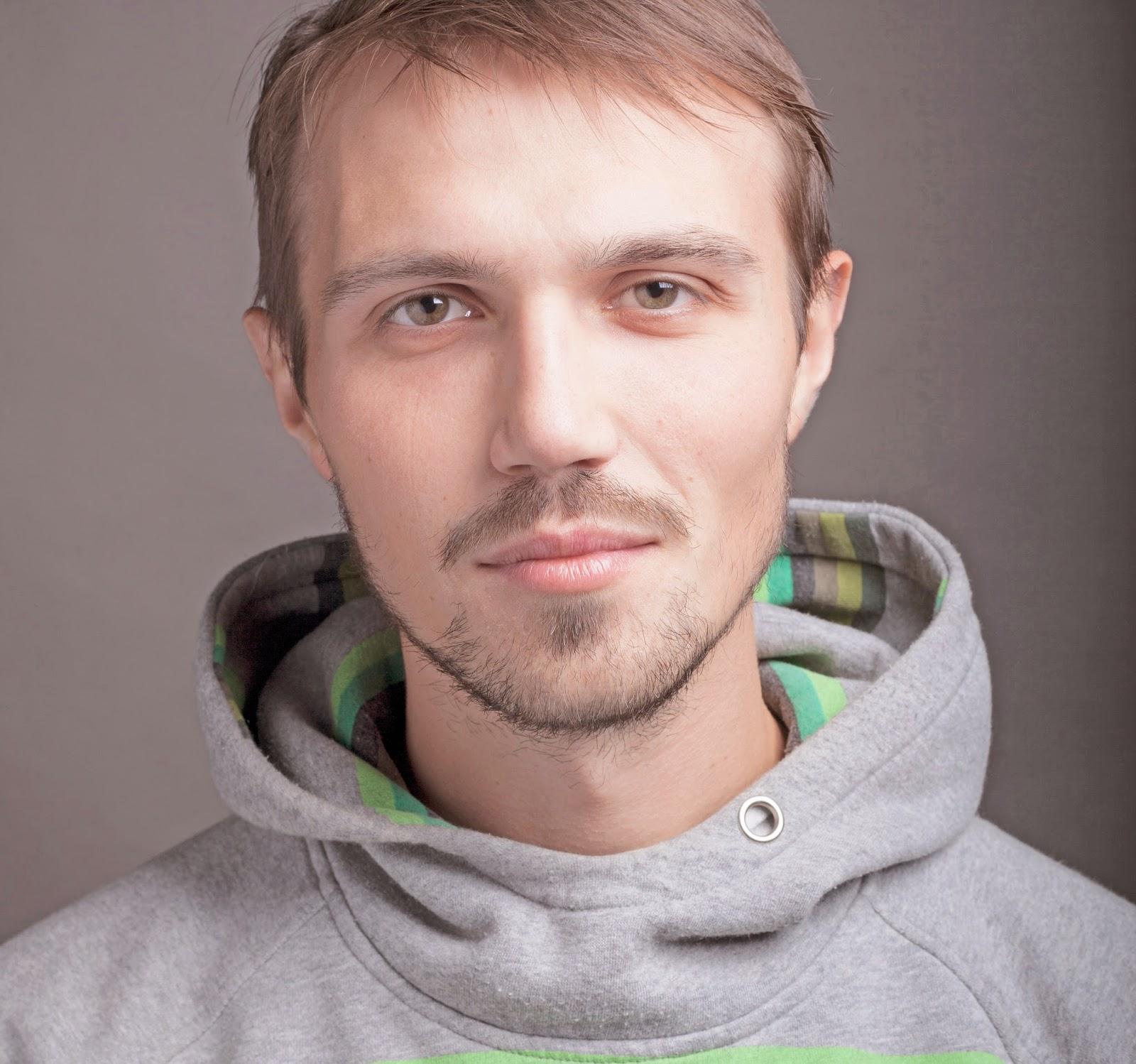 Михаил Семенов Граффити художник Путепровод Сергиев Посад