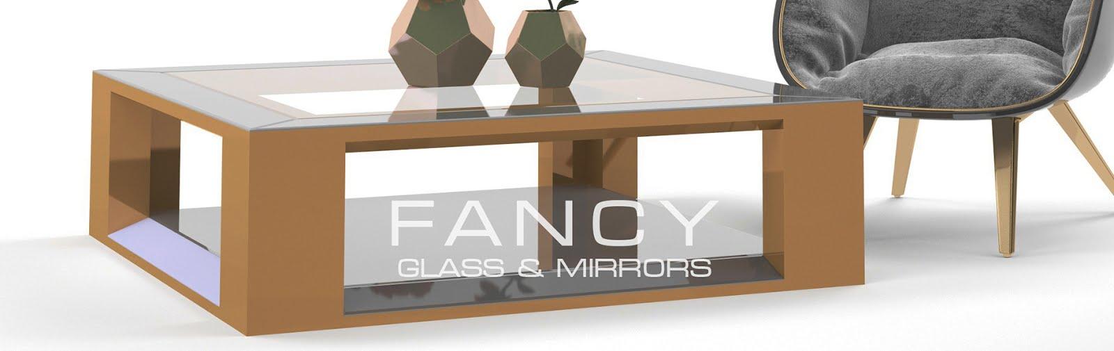 Mirrored square coffe table