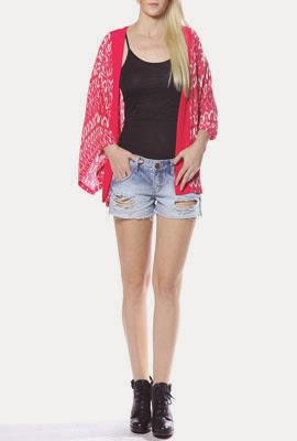 Colcci Verão 2014 Kimono regata e short denim destroyed