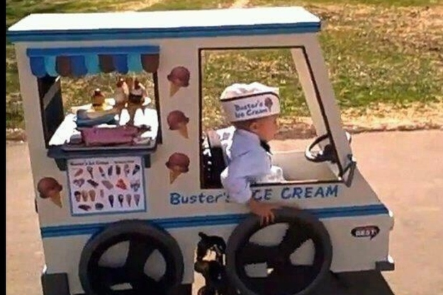 26 Moments That Will Restore Your Faith In Humanity Again - These parents made their child's wheelchair into the best Halloween costume ever