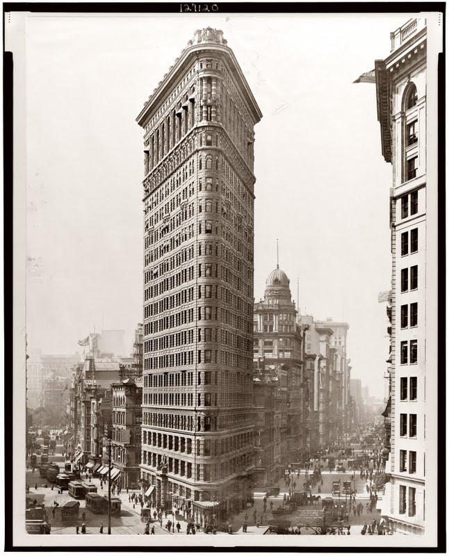 http://3.bp.blogspot.com/-3yByUgDvaVE/TfyfNIl9L-I/AAAAAAAAFQo/18DCqEHf2O4/s1600/Flatiron+Building+of+New+York++%252811%2529.jpg
