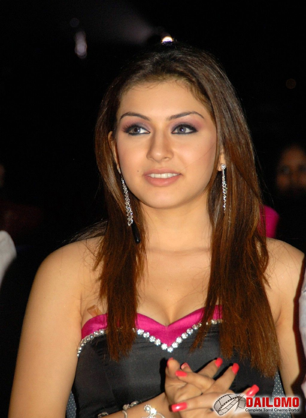 Hansika motwani hot dress - Hansika motwani hq pics - latest 2012