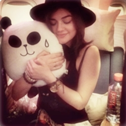 Lucy Hale Instagram Tumblr_mho9zcfGY41s3tjkko1_250