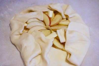 apple galette folding pastry