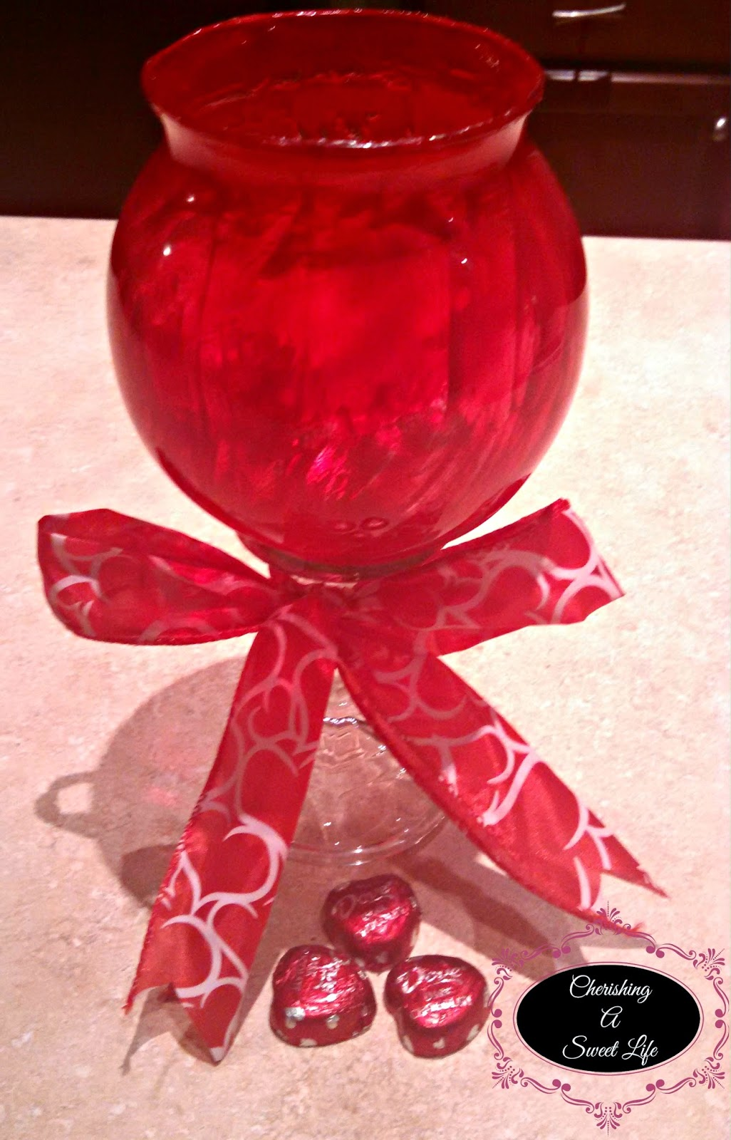 http://cherishingasweetlife.blogspot.com/2015/01/valentines-day-craft-part-2-stained.html