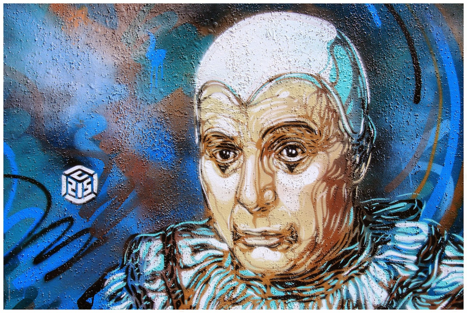 c215 loveonthewall