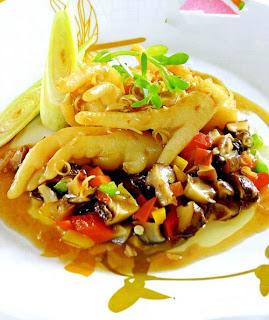 Chân gà xốt nấm