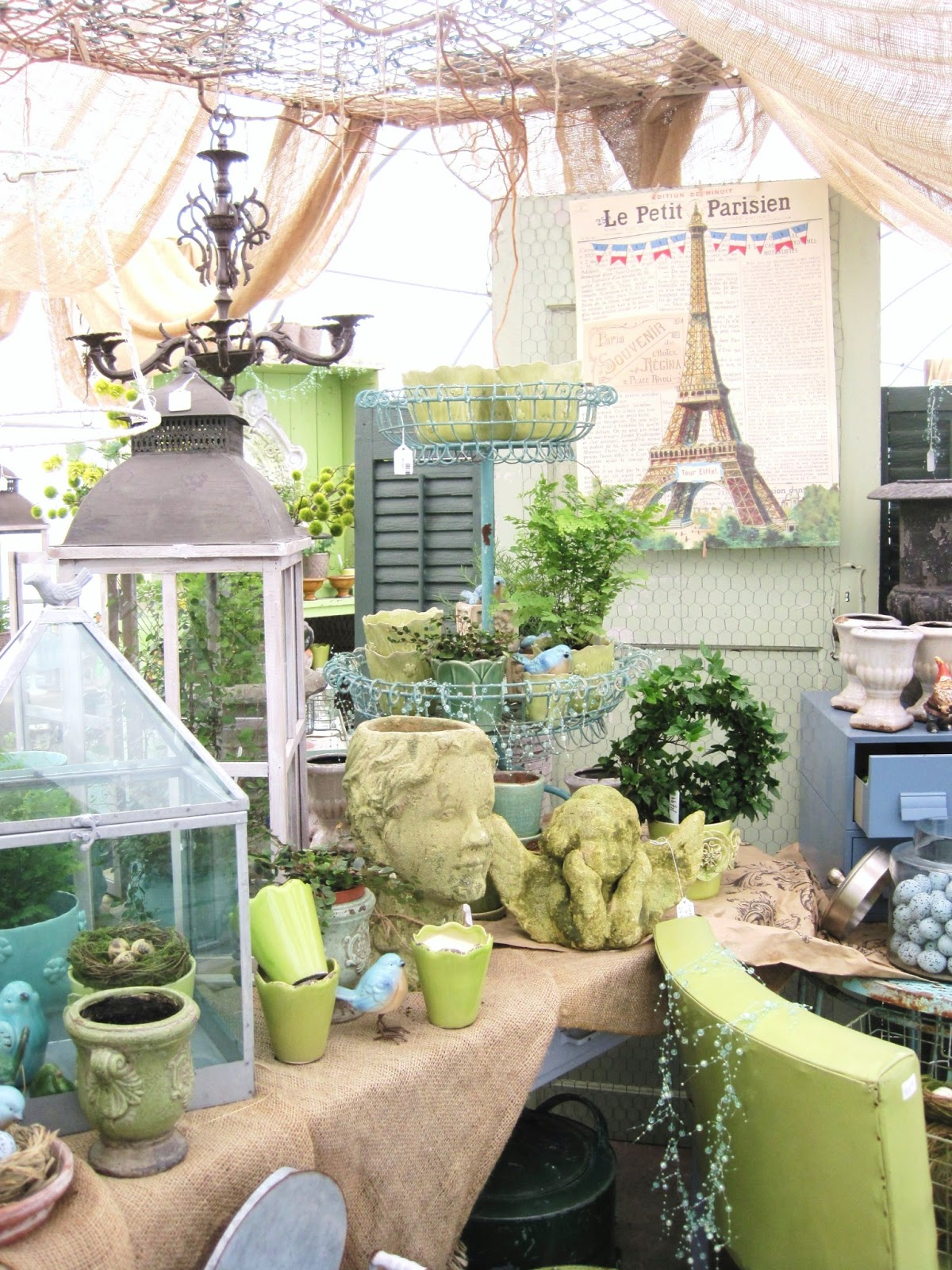1000 images about vendor booth decorating ideas on for Decoration vendors