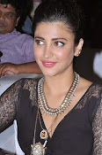 Shruti Haasan New photos-thumbnail-9