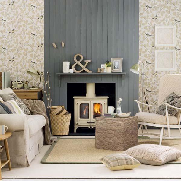 salón en grises y blanco-cálido- pequeño con estufa y chimenea