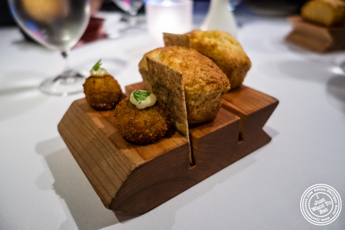 image of amuse bouche at Dovetail in New York, NY