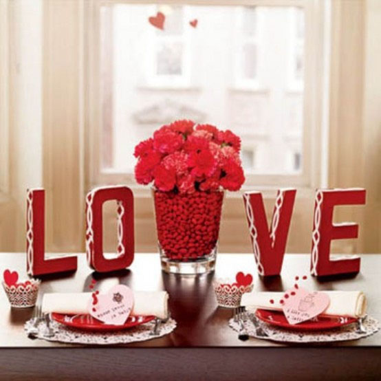 Best Table Decoration for Valentines Day Interior and  : Dinner Table Decor Ideas for Valentines Day from coffesallinterior.blogspot.com size 554 x 554 jpeg 58kB