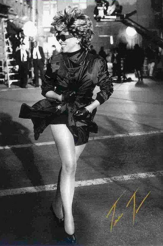 Tina Turner - Live Amsterdam 1996 ... 112 minutos