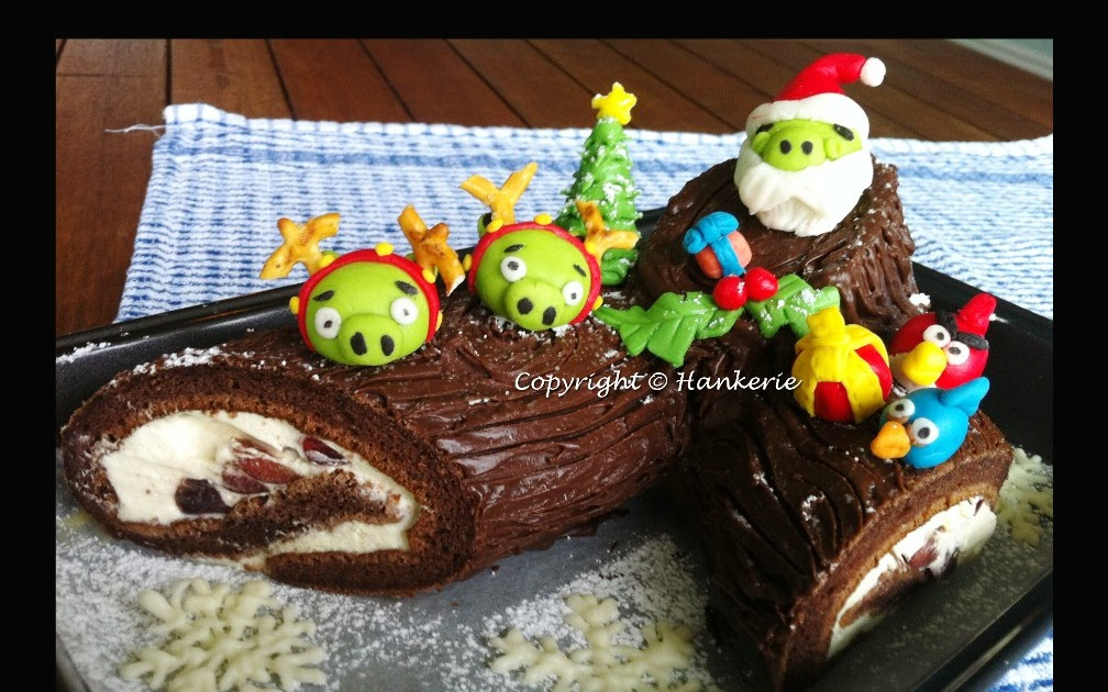 Angry birds xmas log cake b che de no l hankerie - Angry birds noel ...