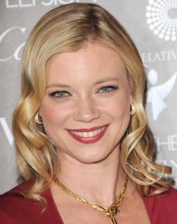 Amy Smart hairstyle 2011 completely new