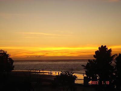 Kuta, Bali, Indonesia, sunset, twilight, beautiful sun set, poetry about Kuta, poetry Indonesia, poem