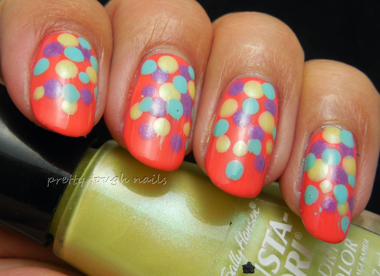 Pastel Dot Gradiant Nail Art