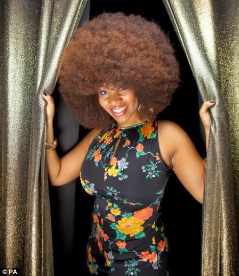 cabelo afro comprido