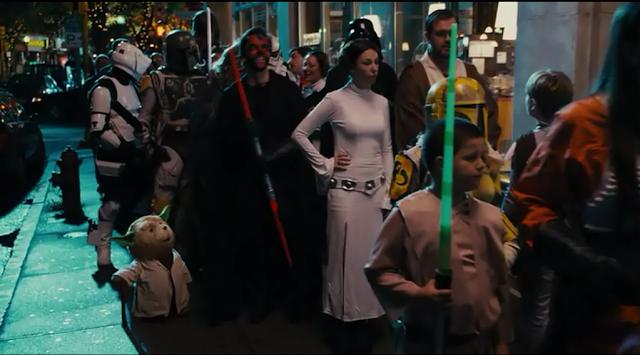 John (Mark Walhberg) et Ted à la Star Wars Con dans le film de Seth MacFarlane (2012)