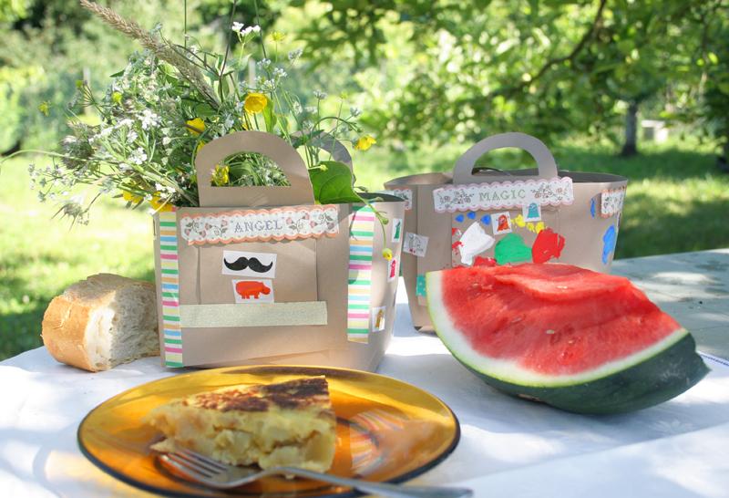 Decorar en familia_Taller de Creactividad: Diy cesta de picnic de cartón17