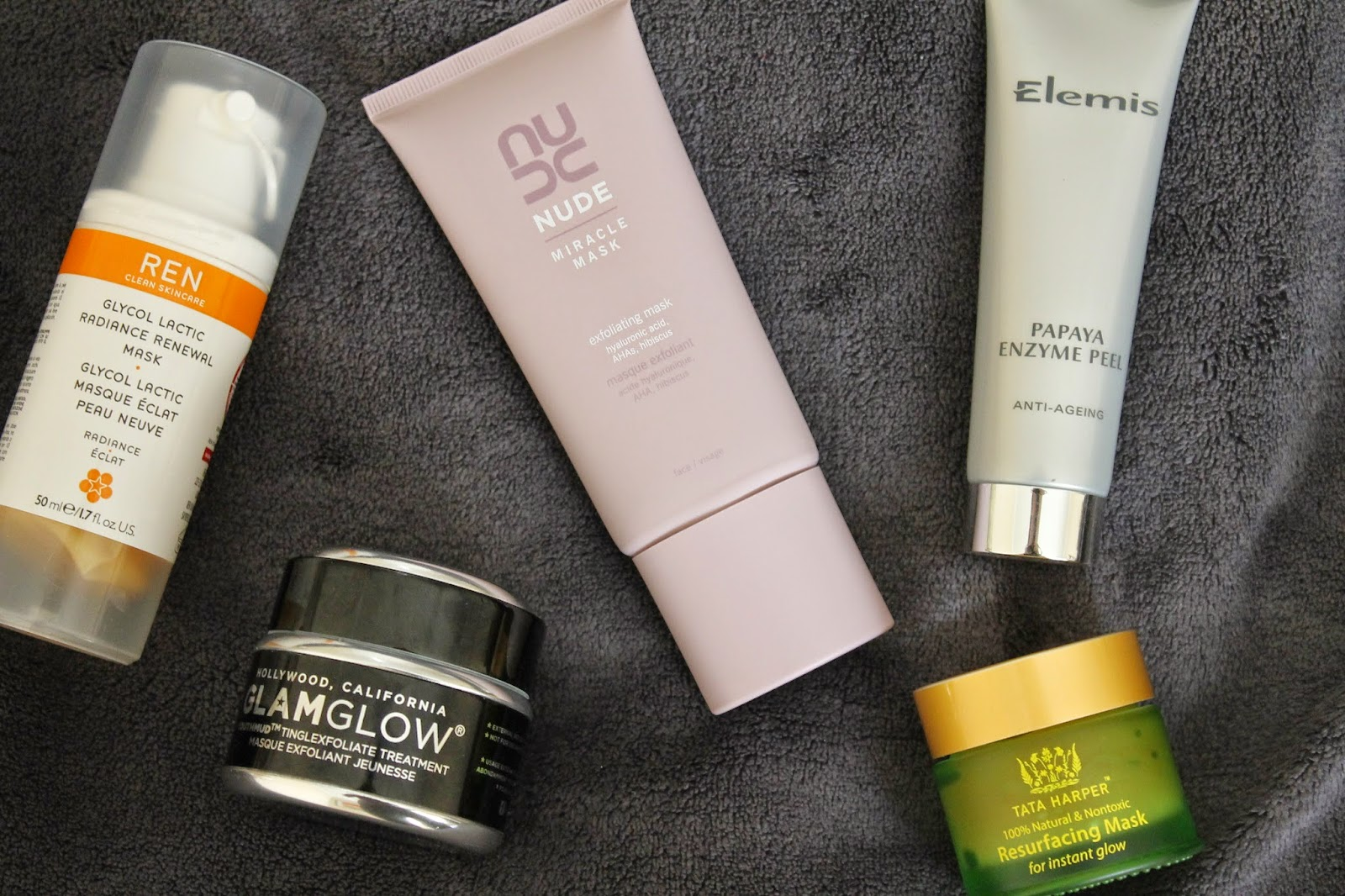 MASKS FOR AN INSTANT (AND LASTING) GLOW