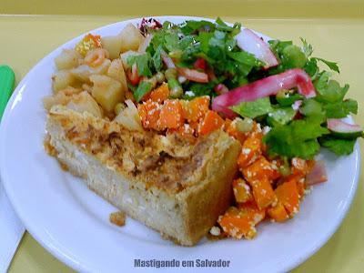 Rafigos: Torta de Frango com Salada