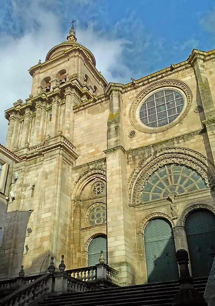 Catedral San Martiño de Ourense, fachada