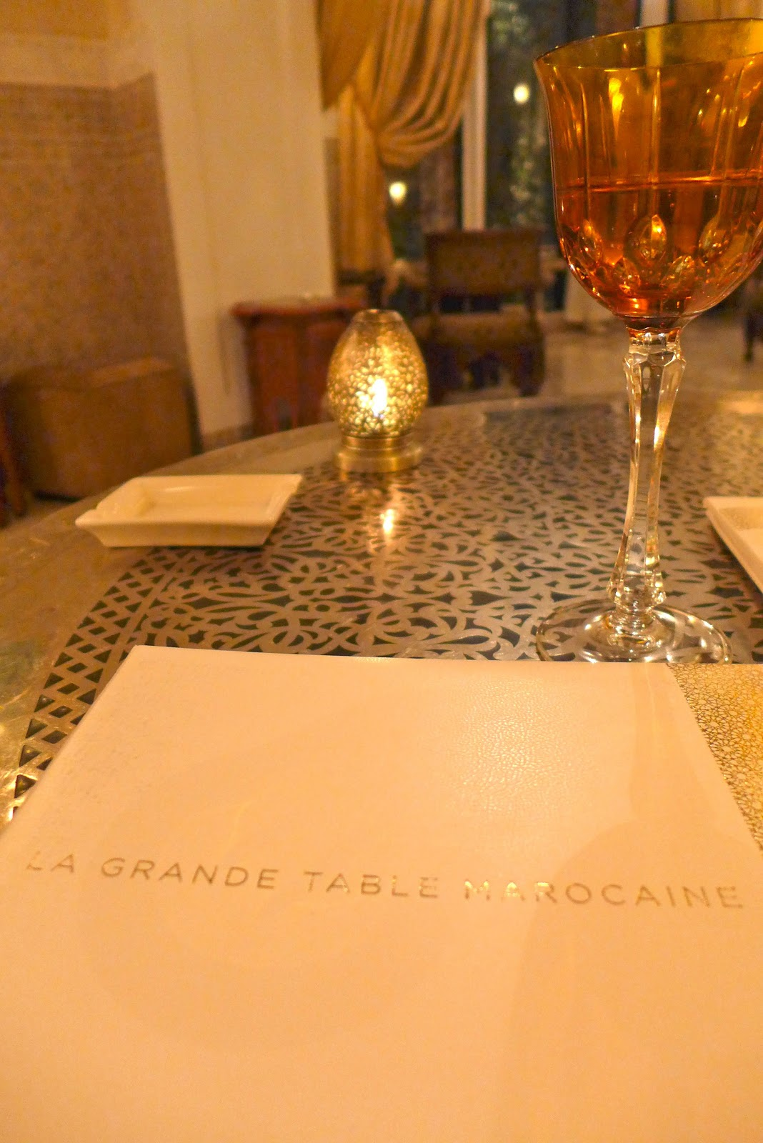 Travel la grande table marocaine restaurant at the royal for Table marocaine