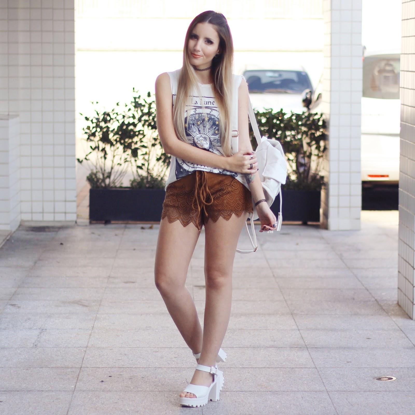 shorts marrom
