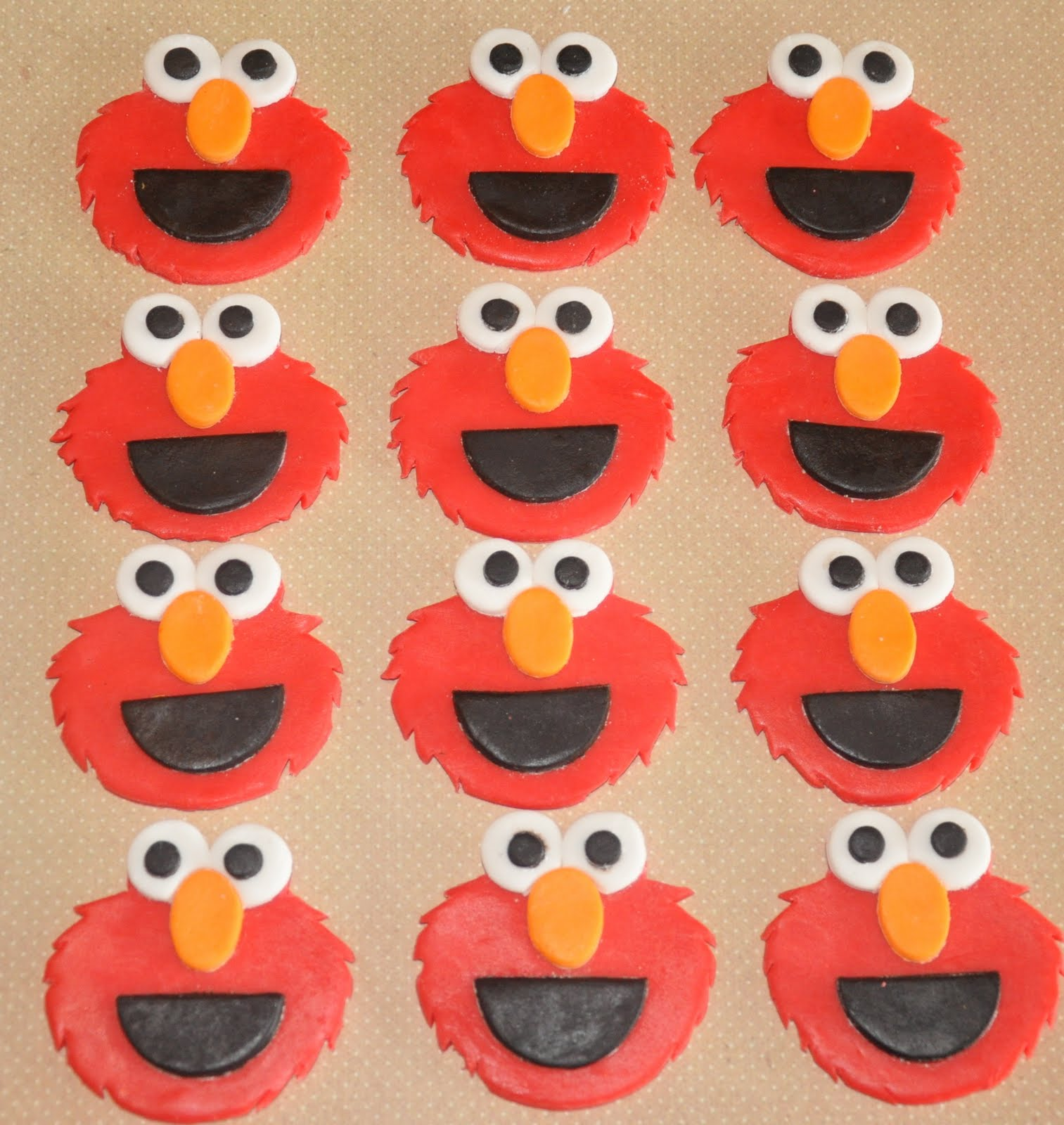 elmo cupcakes toppers