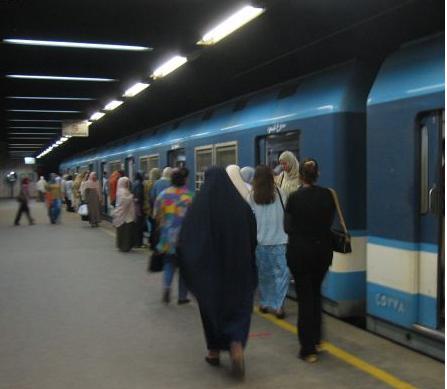 external image Cairo+Metro+Line1.JPG
