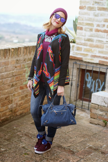 aztec print colorful cardigan, cichic multicolored cardigan, burgundy beanie, Adidas honey hi, Fashion and Cookies, fashion blogger