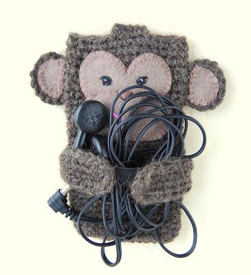 case.jpg, knitting.jpg, crochet.jpg, monkeyигрушка, чехол, чехол для телефона, вязание, вязание крючком, обезьяны, игрушка-обезьянка, для наушников, toy, case, phone case, knitting, crochet, monkey, toy monkey, headphone,
